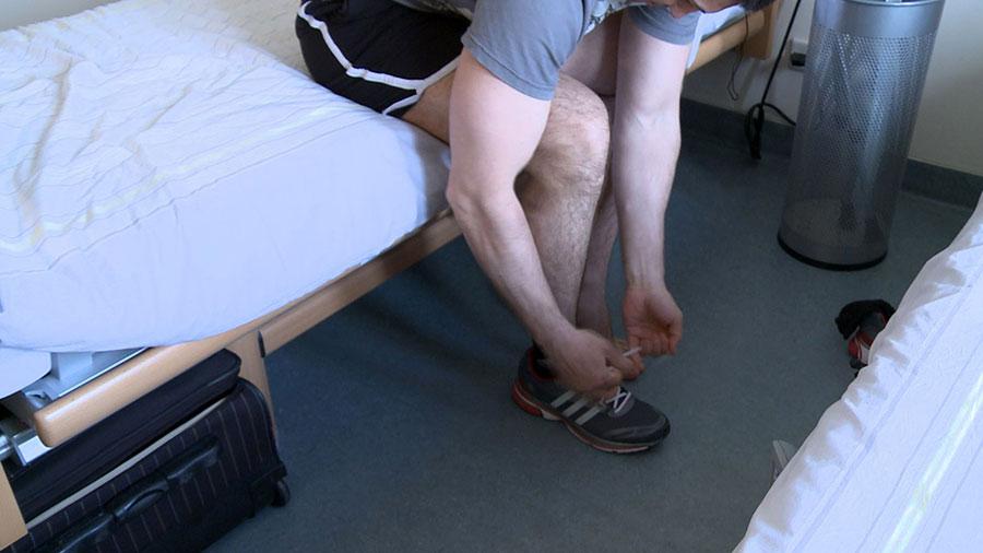 что принимать при болях в суставах ног